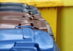 Kontejnery na tříděný odpad. I ty musí splňovat požadavky BOZP
